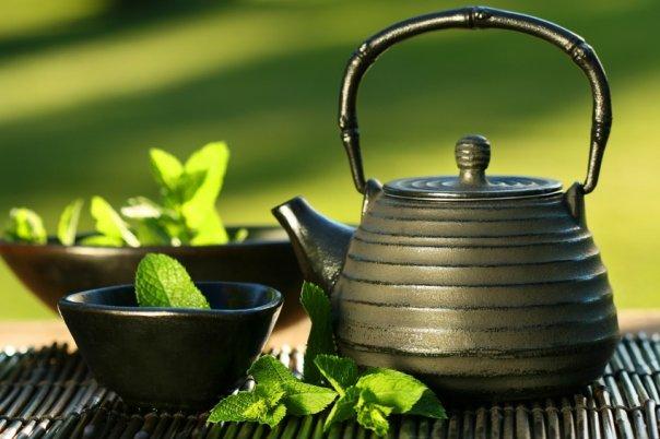 tea-pot-and-cup